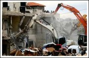 Army Demolishes Homes In Beit Hanina - Jerusalem - Febr 5, 2013 (Click to see the full report & album)