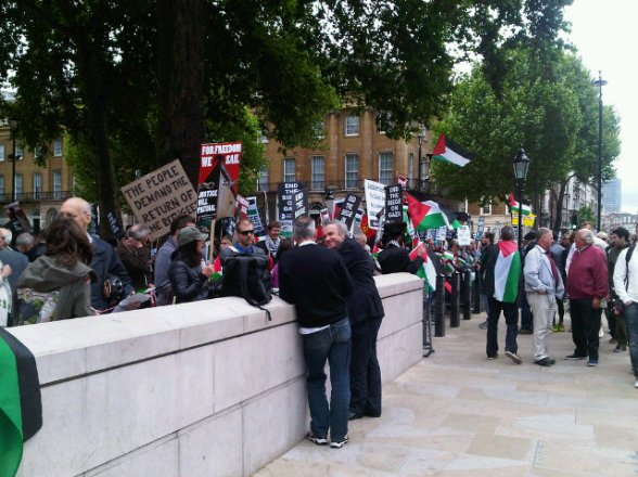 london_nakba_neturei-karta-jews-peace-rabbis-justice