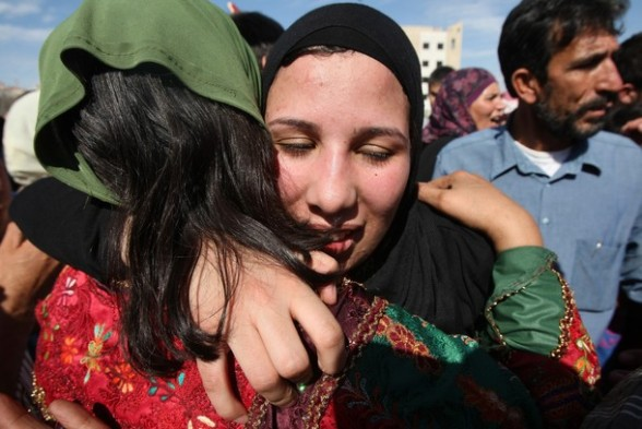 A female Palestinian prisoner is welcome