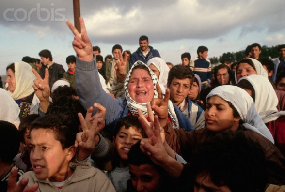 08 Apr 1988, Beit Ummar, West Bank --- Palestinians gather to protest the killing of three Palestinian boys in clashes with Israeli soldiers. | Location: Beit Omar, West Bank.  --- Image by Peter Turnley/CORBIS