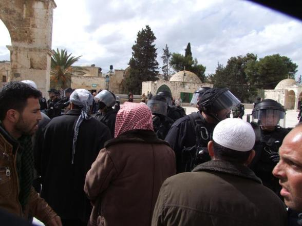 Clashes Al-Aqsa - Qudsmedia Feb 24 2012