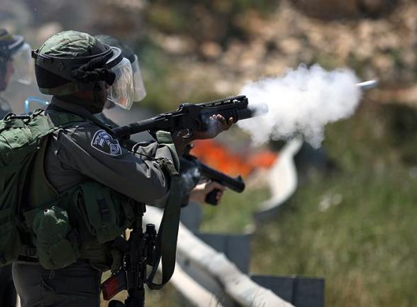 Protest at Ofer Prison  - Apr 26, 2012