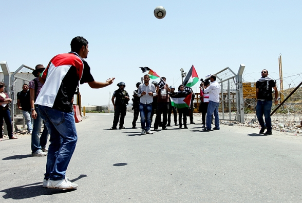 Solidarity with hunger striker Mahmoud Sarsak at Ofer - Palestinians staging a football match - Photo by WAFA