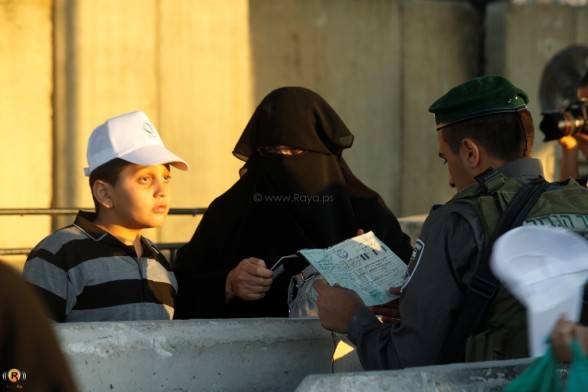 Qalandiya checkpoint - Aug 17, 2012 Photo by Raya.ps