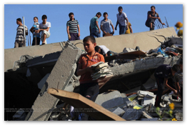 Gaza Under Attack - Aug 23, 2014 (Click to go to the Live Photo Blog)