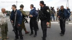 etzion-road-blocked-arrests