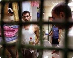 images_News_2012_11_18_prisoners11_300_0[1]