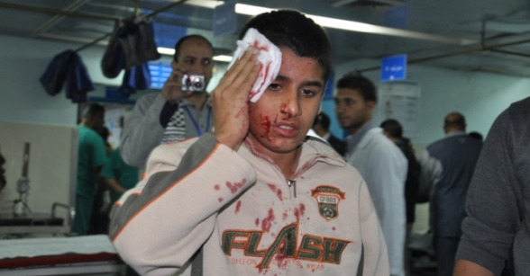 Photos Late night Nov 14 2012 Gaza Under Attack by Israel caused many wounded:  Photo by Paltoday