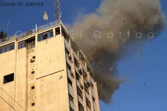 Nov 18 2012 - Gaza Under Attack by Israel Photo by  Omar el Qattaa