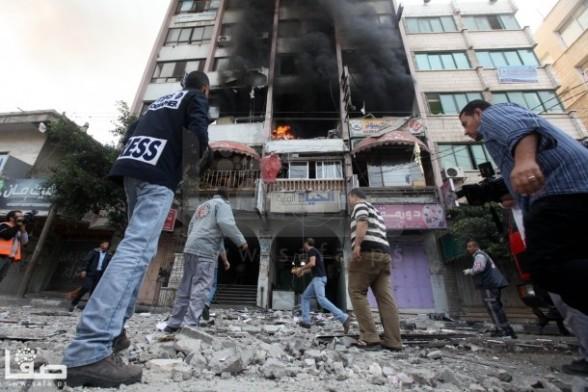 Gaza Under Attack - Nov 19, 2012 by Safa