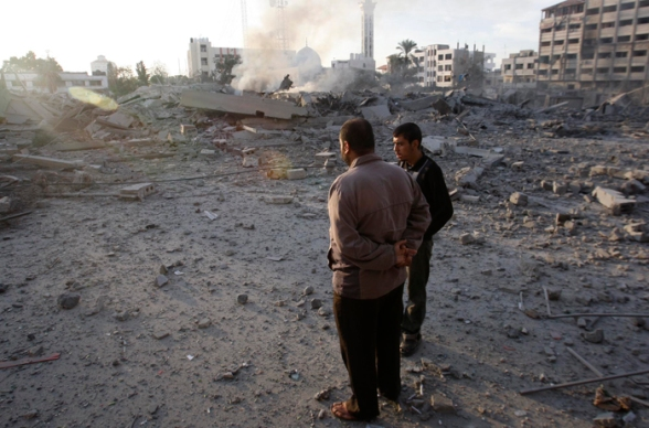Nov 21 2012 Government compound hits by Israeli airstrikes – Abu Khadra, Gaza Photo by Hatem Moussa-WAFA -1