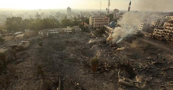 Nov 21 2012 The Israeli Targeting of the Abu Khadra governmental complex in Gaza - Photo by PalToday 1