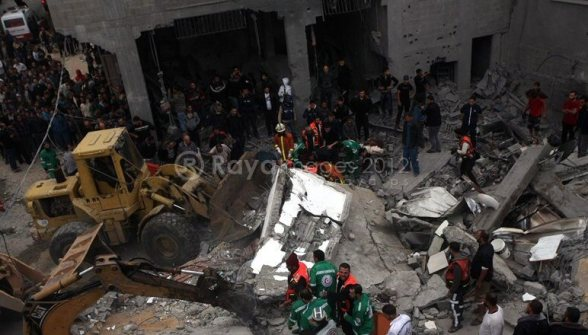 Gaza Under Attack - Nov 17, 2012 Photo by Raya.ps