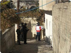 images_News_2012_12_10_municipality-officials-protedted-by-iof_300_0[1]