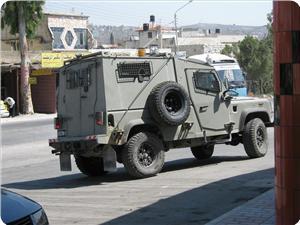images_News_2012_12_21_iof-jeep1_300_0[1]