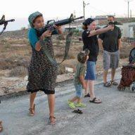 Women-at-the-Jewish-settl-007