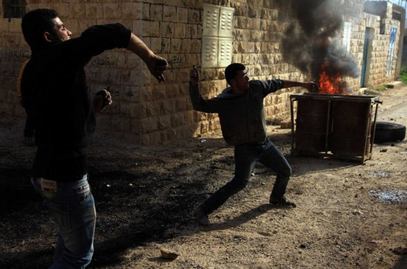 Jenin - confrontations between youths and Israeli soldiers in Tamoun Photo: Ayman Nubana