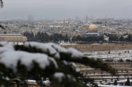 Jan 10 2013 - Al Quds in White - Snow in Palestine - Photo by Afif Amira-WAFA 5
