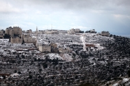 Jan 10 2013 Ramallah covered in Snow - Snow in Palestine - Photo by Eyad Jadallah- WAFA 1