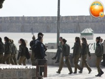 Jan 29 2013 Female Israeli Soldiers March through Aqsa Compound - Photo by QudsMedia 8