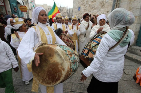 Jan 6 2013 The Ethiopian Patriarch arrives at Manger Square – Bethlehem