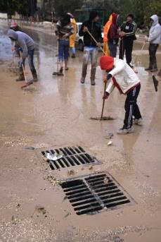 Jan 9 2013 - Volunteers clean the streets in Tulkarem - Photo by WAFA