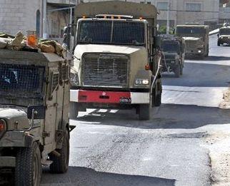 trucks_soldiers_jeeps[1]