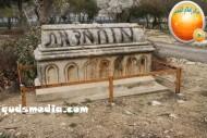 Febr 14 2013 Racist slogans on Jerusalem cenetery - Photo by QudsMedia 37