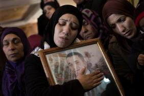 Febr 25 2013 Funeral Arafat Jaradat tortured to death by Israel - Photo by Bernat Armangue 2