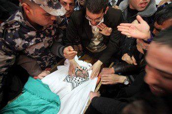 Febr 25 2013 Funeral Arafat Jaradat tortured to death by Israel - Photo by Hazem Bader - 4