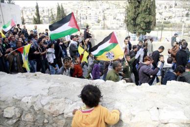 Febr 25 2013 Funeral Arafat Jaradat tortured to death by Israel - Photo by Raya 8