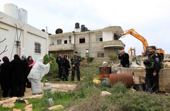 Febr 5 2013 Beit Hanina Home Demolition Palestine - Photo by WAFA 13