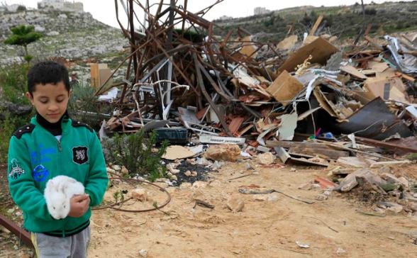 Febr 5 2013 Beit Hanina Home Demolition Palestine - Photo by WAFA 4