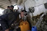 080306-gaza-aid-hmed-130a.grid-6x2