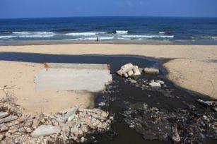 100913-gaza-sewage