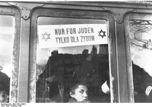 """Warschau, Straßenbahn """"Nur für Juden"""""""