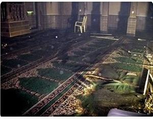 images_News_2013_03_15_burnt-mosque-carpet_300_0[1]