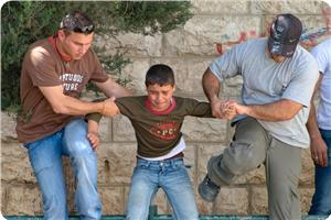 images_News_2013_03_19_child-arrested-by-undercover-officers_300_0[1]