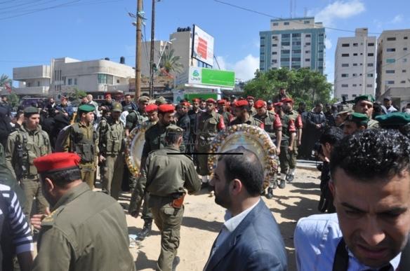 April 4 2013 Military Funeral for Abu Hamdiya in Gaza - Photo by PalToday - Photo 1
