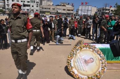 April 4 2013 Military Funeral for Abu Hamdiya in Gaza - Photo by PalToday - Photo 12