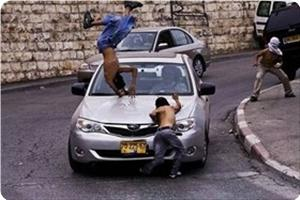 images_News_2013_04_29_child-hit-by-settler_300_0[1]