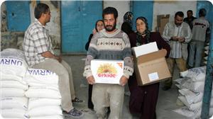 images_News_2013_04_29_UNRWA-aid_300_0[1]
