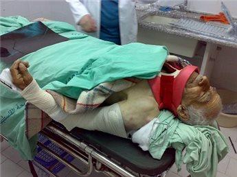 injuredfarmer[1]