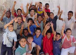 At least four out of ten Palestinian children have no knowledge at all about the internet.