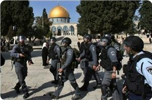 images_News_2013_05_07_aqsa-iof-troops2_300_0[1]