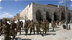 images_News_2013_05_31_aqsa-iof-troops1_300_0[1]