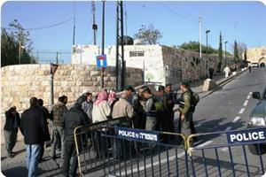 images_News_2013_06_13_jerusalem-barracade_300_0[1]