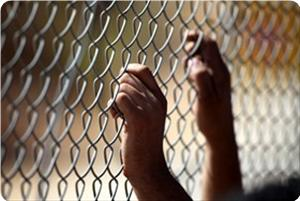 images_News_2013_06_16_prisoner1_300_0[1]