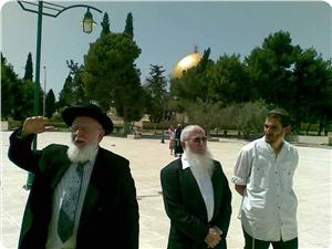 images_News_2013_07_05_rabis-at-aqsa_300_0[1]