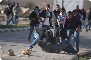 images_News_2013_07_17_clashes04_300_0[1]